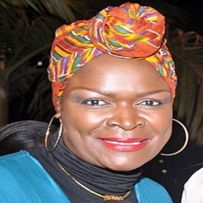 Top Kenyan Singer Suzanna Owiyo mourns the Death of her Father