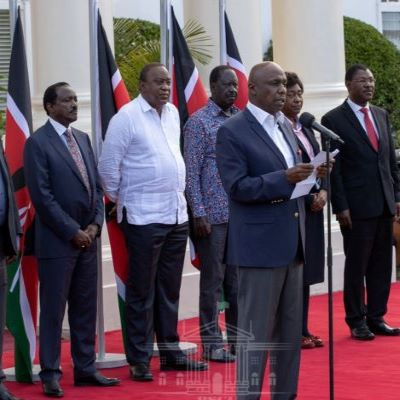 Uhuru hosts Raila & Political leaders at Statehouse over BBI